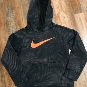 Nike therms-fit hoodie size 7